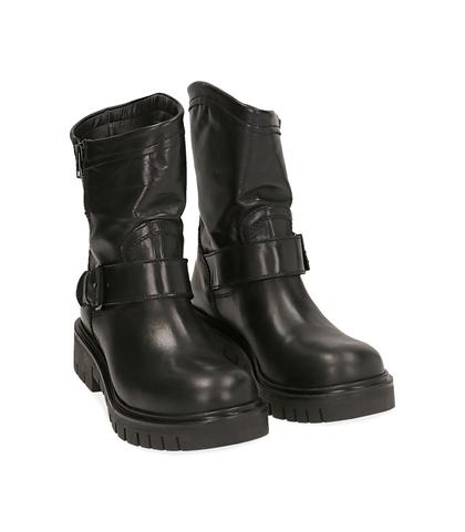 Ankle boots flat neri in pelle, Scarpe, 1016T7072PENERO035, 002