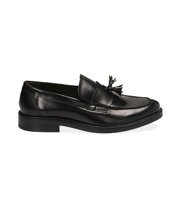 Mocassini con nappina neri in pelle abrasivataScarpe, 1477T0617APNERO040