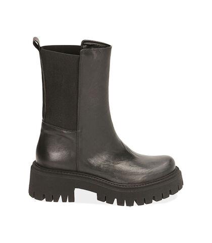 Ankle boots neri in pelle, tacco 5,5 cm , Valerio 1966, 1872T4401PENERO035, 001