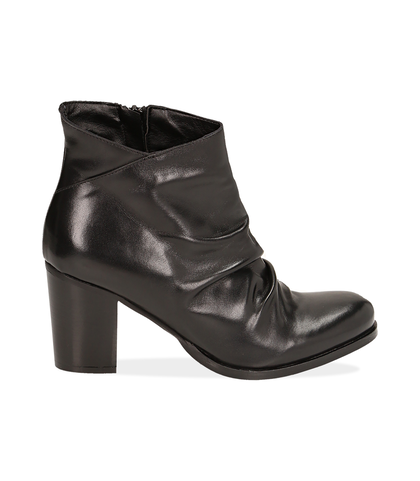 Ankle boots neri in pelle di vitello , Valerio 1966, 14A2T1171VINERO035, 001