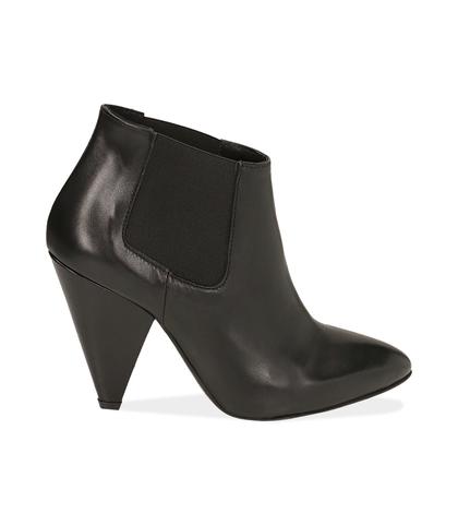 Ankle boots neri in pelle di capretto , Valerio 1966, 1052T0476CPNERO035, 001