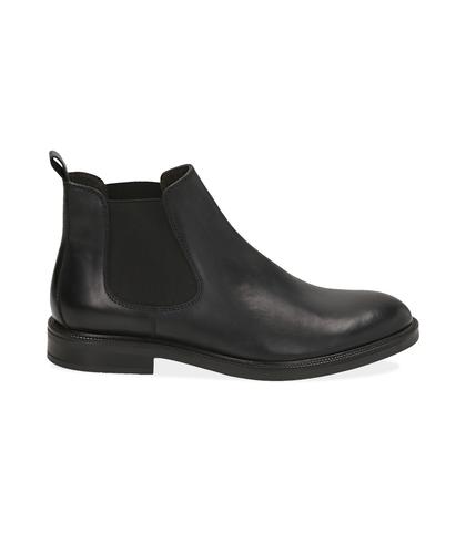Chelsea boots neri in pelle di vitello, UOMO, 1677T0608VINERO039, 001