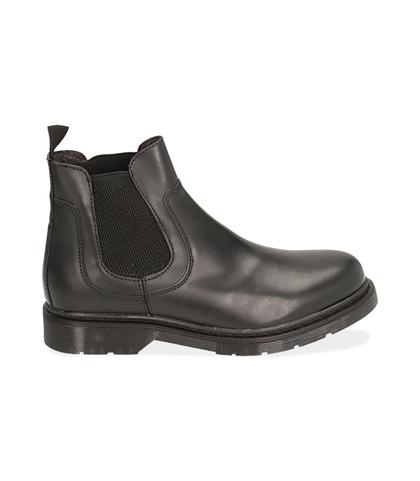 Chelsea boots neri in pelle, Scarpe, 1477T6107PENERO039, 001