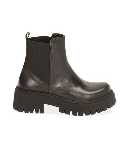 Ankle boots neri in pelle, tacco 5,5 cm , Valerio 1966, 1872T4422PENERO035, 001
