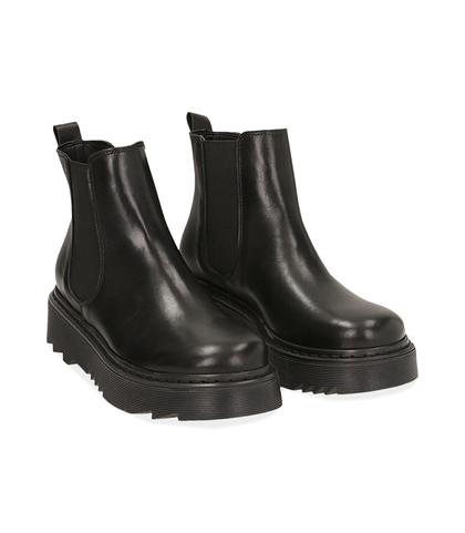 Chelsea boots neri in pelle di vitello , DONNA, 1489T0310VINERO035, 002